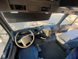 Vedere le foto Autotreno Volvo fh440
