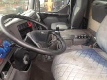 Voir les photos Camion Renault Kerax 420.32
