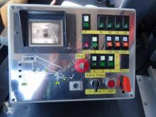 Voir les photos Camion MAN LA-LF 14.284 Feuerwehr Flughafen Rettungstreppe