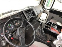 Voir les photos Camion Volvo FL6 11