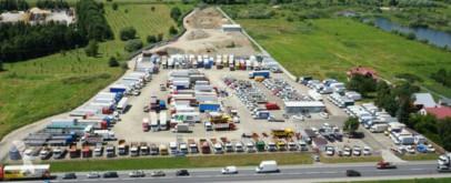 Zobaczyć zdjęcia Ciężarówka z przyczepą MAN TGX 26.440 PLTFORM+ PLANE 7,70m+Anhänger EURO 6