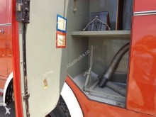 Voir les photos Camion Mercedes LA