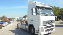 Voir les photos Camion Volvo FH12 440