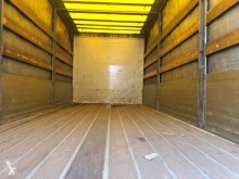 Voir les photos Camion Mercedes Atego 1517