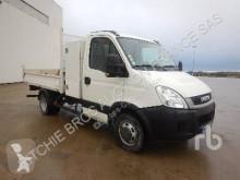 Voir les photos Camion Iveco 35C11