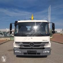 Voir les photos Camion Mercedes Atego 1324