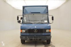 Voir les photos Camion Mercedes 811