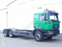 Voir les photos Camion MAN F 2000  26.403 / 6x4  2000 26.403/6x4, blatt geedert