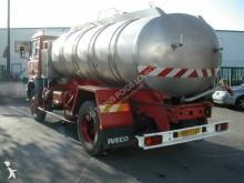 Voir les photos Camion Iveco 150.17