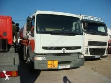 Voir les photos Camion Renault Premium 250