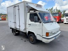 View images Nissan Trade T.100 truck