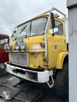 Vedere le foto Camion Renault TRM 4000