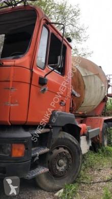 Zobaczyć zdjęcia Ciężarówka MAN 32.322