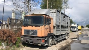 Voir les photos Camion MAN 19.372 sam. ciężarowy do przewozu żywych zwierząt