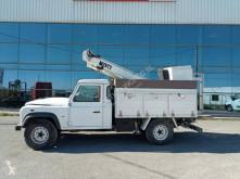 Voir les photos Camion Land Rover Defender 4x4  Movex Platform 10.5m 120 kg