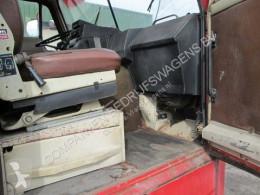 Vedere le foto Camion Volvo F88