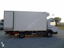 Voir les photos Camion Mercedes Atego 818 R 42 C
