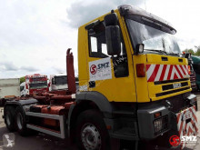 Voir les photos Camion Iveco Eurotrakker 260
