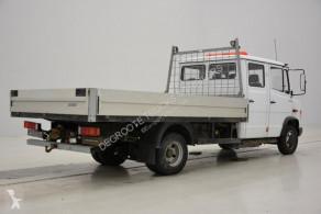Zobaczyć zdjęcia Pojazd dostawczy Mercedes Vario