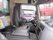 Voir les photos Camion Renault Kerax 320 DCI