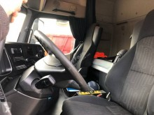 Voir les photos Camion Mercedes Actros 2548