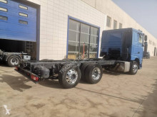 Vedere le foto Camion DAF XF 106