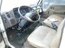 Zobaczyć zdjęcia Ciężarówka Toyota Dyna 150