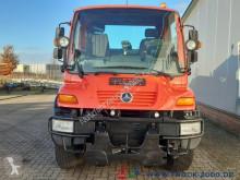 Vedere le foto Veicolo per la pulizia delle strade Unimog U300 Winterdienst Salzstreuer Wechsellenkung