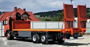 Voir les photos Camion Volvo  FM9 300 Abschleppwagen 8,90m + Kran *6x2*
