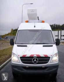 Voir les photos Camion France Elevateur Mercedes-Benz Sprinter 142 tpf 14 mts 519 CDI
