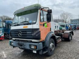 Voir les photos Camion Mercedes SK SK 2531 EPS Blatt Luft 6x2 Deutsche LKW