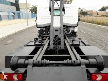 View images Renault Maxity 130 DXI truck