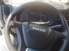 Vedere le foto Camion Iveco Eurocargo 160 E 28