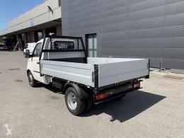 Zobaczyć zdjęcia Pojazd dostawczy Piaggio
