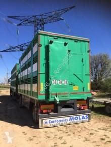 camião reboque transporte de gados usado
