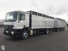Used livestock trailer truck Mercedes Actros 1832 L