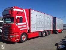 Camión remolque para ganado usado Scania R 560
