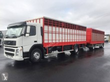 Camião reboque Volvo FM12 420 transporte de gados usado