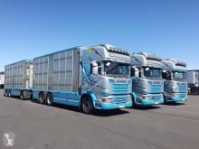 Camión remolque para ganado Scania R 580