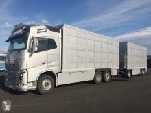 Camión remolque Volvo FH remolque ganadero usado