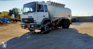 Camião cisterna Iveco Turbotech