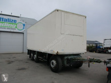 Lastbil med släp transportbil Chereau isolated box -