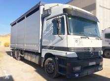 Mercedes horse trailer truck Actros 1831