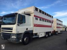 Lastbil med släp boskapstransportvagn DAF CF85 510