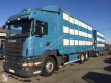 Vrachtwagen met aanhanger vee aanhanger Scania R 500