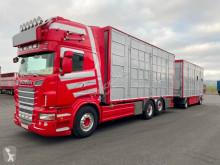 Kamion s návěsem Scania R 560 přívěs pro přepravu dobytka použitý
