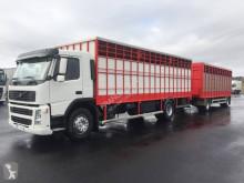 Vrachtwagen met aanhanger Volvo FM12 420 tweedehands vee aanhanger