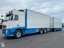 Camion cu remorca Volvo FH remorcă transport animale second-hand