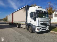 Lastbil med släp flexibla skjutbara sidoväggar Iveco Stralis