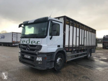 Mercedes Actros 1844 trailer truck used cattle